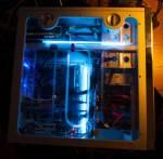 Zwei blaue Kaltkathodenröhren im PC Tower