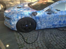 Hybrid Wagen von BMW am Lenbachplatz