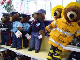 Die Helden der USA sind Bären im Souveniershop